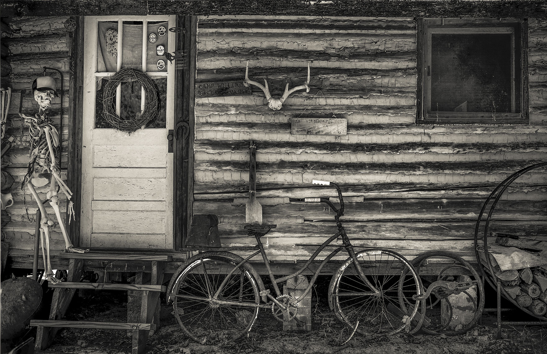 Photography, Photo Illustration and Retouching on Old-Cabin_Montross-VA