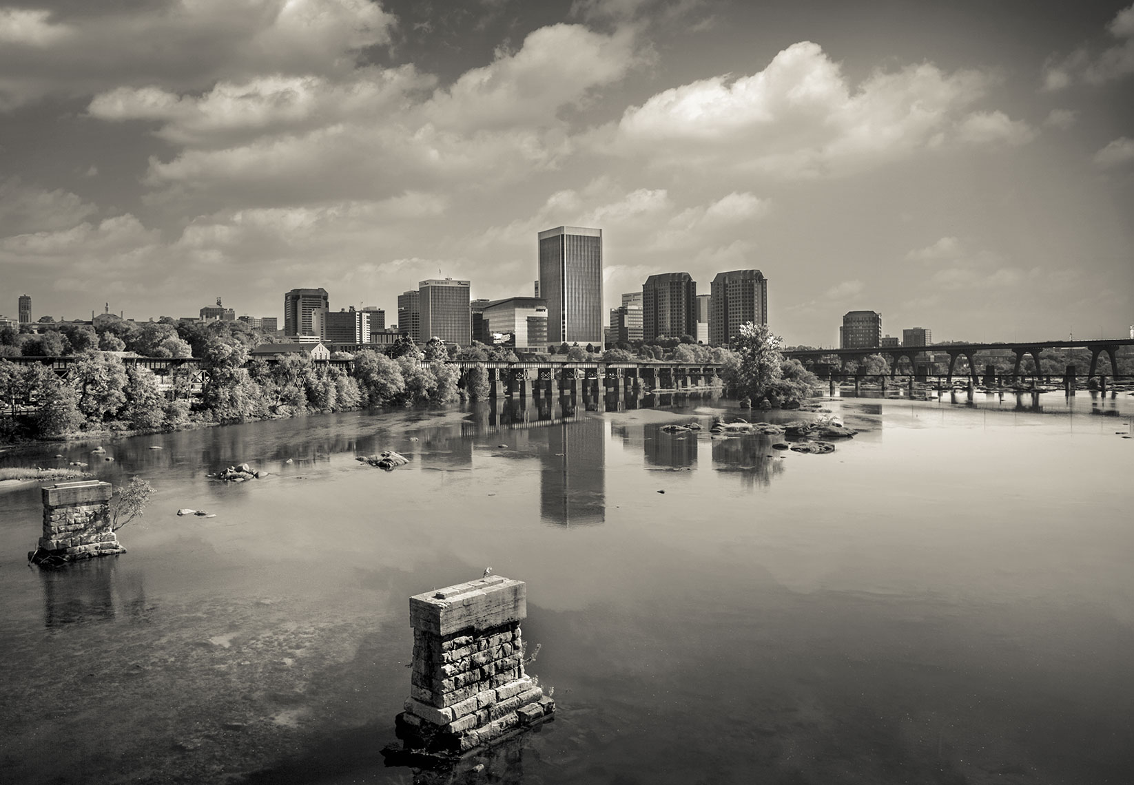 Photography, Photo Illustration and Retouching on Richmond-Skyline_Richmond-VA